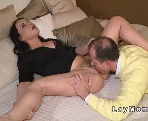 Milf gets her hairy pussy banged in bedroom