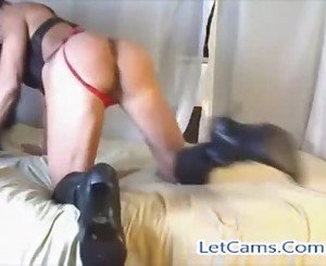 Bigtits hot MILF live sex show with toys